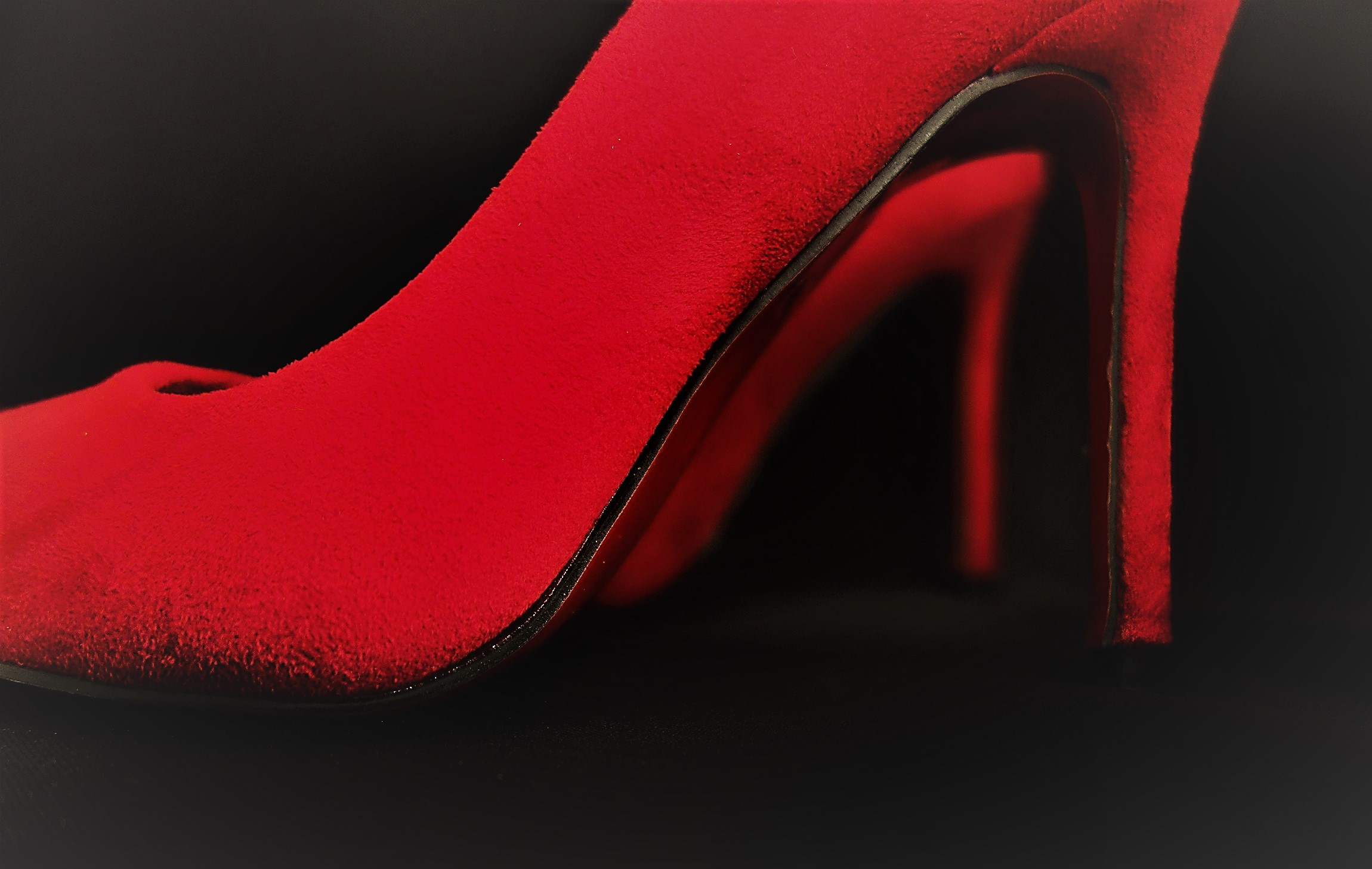 Louboutin – Red soles, yay not nay?
